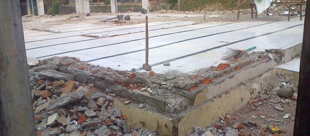 Pembangunan masjid di desa Parunggalih